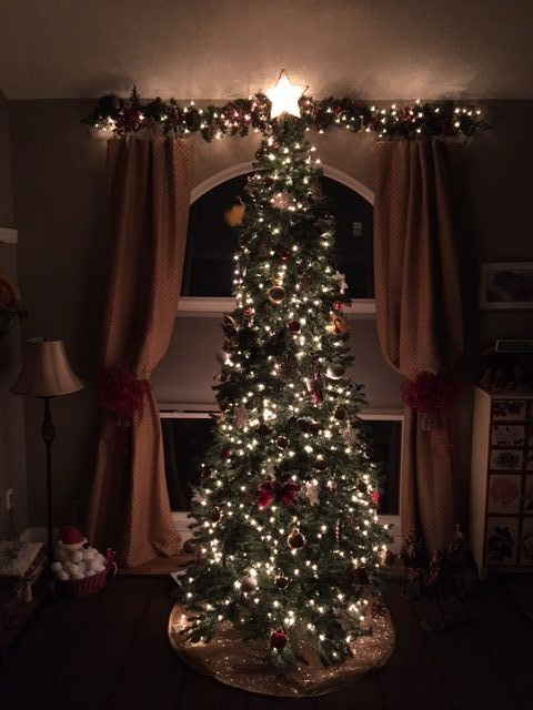 Here are some Christmas tree decorating tips and more from Chores!
